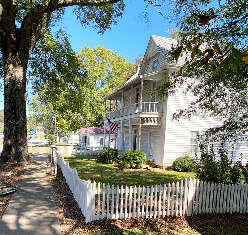 Historic Homes Collinsville Alabama