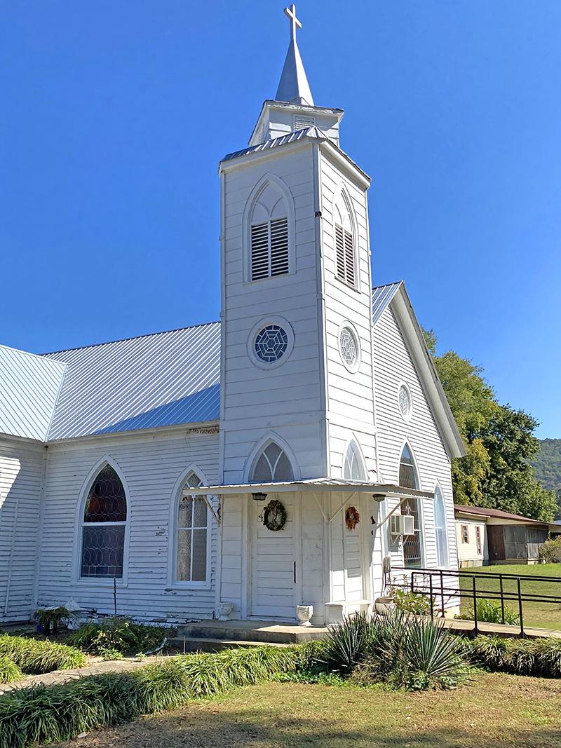 Collinsville, AL Churches